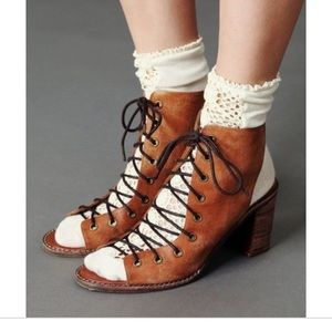 NWT Jeffrey Campbell x Free People Minimal Sandal